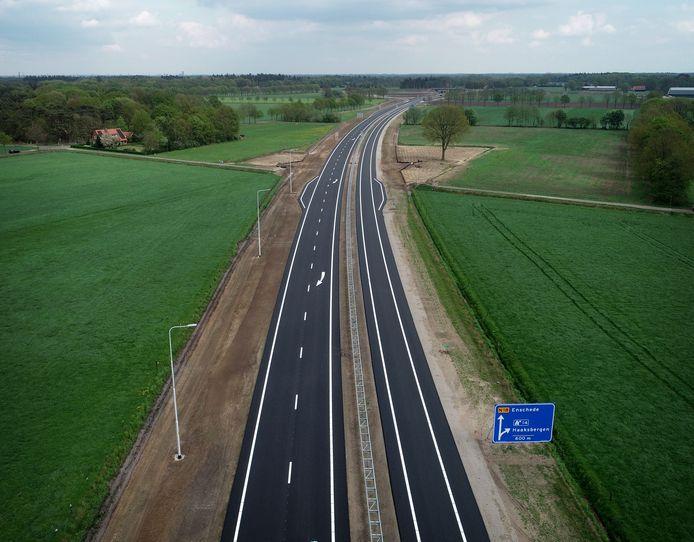 De in de volksmond veelgebruikte naam Twenteroute, wordt de officiële naam van de N18  die de Achterhoek met Twente verbindt..