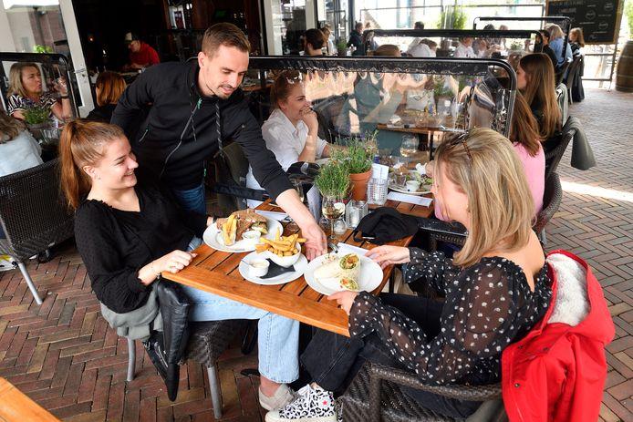 Zeldzaam in Veenendaal, meer bistro dan brasserie, maar met veel smakelijks in huis.