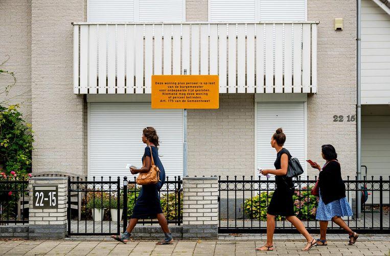De woning van Danny M., die op last van de burgemeester is gesloten. Beeld ANP