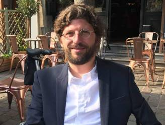 Burgemeester van Vorst keert door burn-out ten vroegste volgend jaar terug op politiek toneel