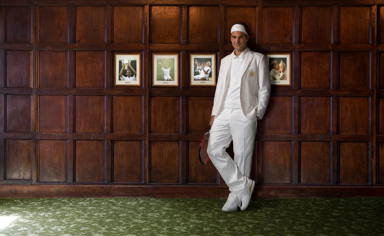 Roger Federer in 2007, in de luxe 'heritage' style-outfit die Nike speciaal voor hem ontwierp.