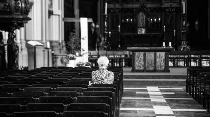 Paaszondag in lege Gertrudis kerk lijkt meer op Stille Zaterdag