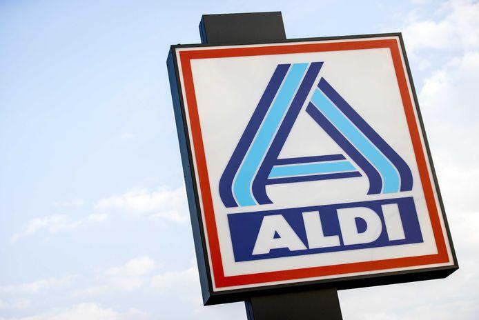 Al vele jaren is Aldi op zoek naar een geschikte, op Nederlands grondgebied gelegen, locatie.