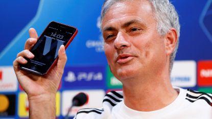 """Heeft José Mourinho met opvolger Zinedine Zidane gebeld? """"Die journalist daar heeft mijn telefoon gehackt"""""""