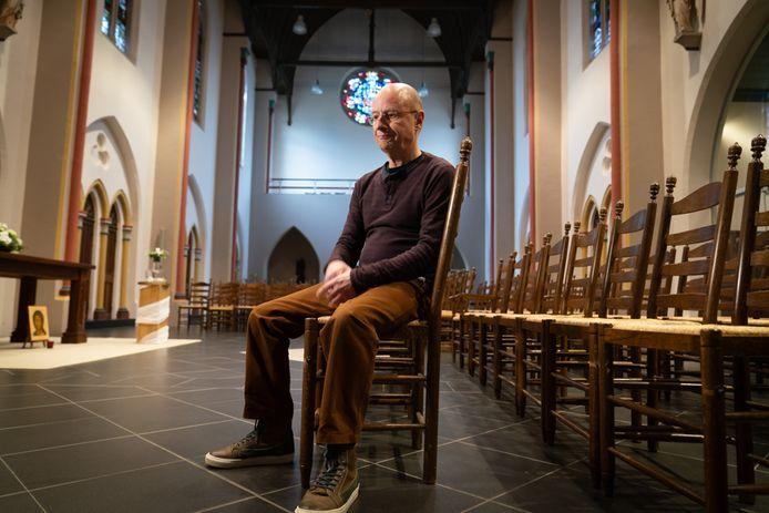 """Nijmegenaar Ton Roumen. ,,Door alle prikkels om ons heen is het nooit stil in deze communicatiemaatschappij."""""""
