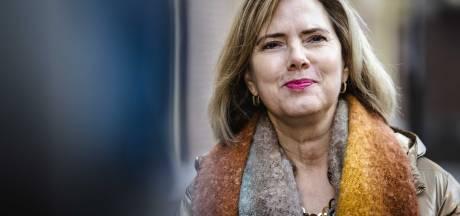Minister blijft voor opening van grotere luchthaven Lelystad