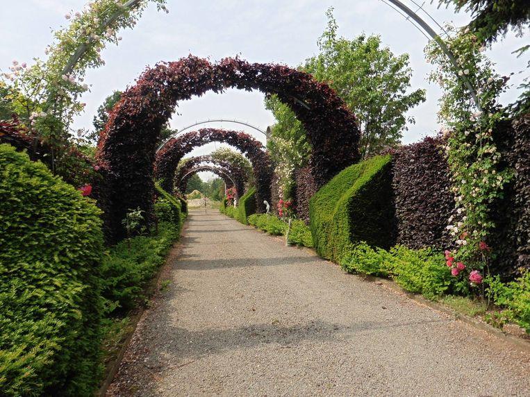 Enkele zichten in de tuin van 2,5 hectare groot.
