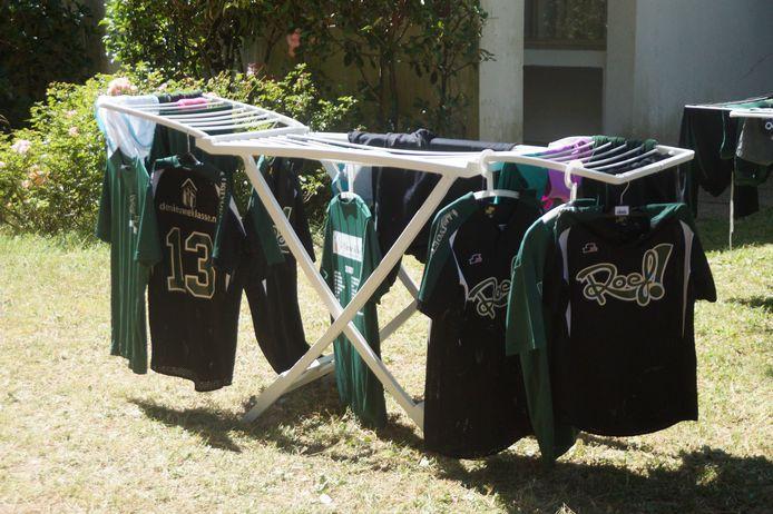 Het wasrek van Roef! op de camping in Italië.