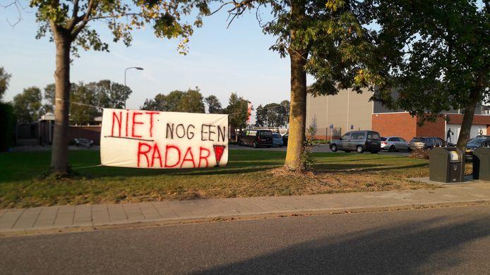 Protest in Herwijnen tegen de radar die daar geplaatst zou worden.