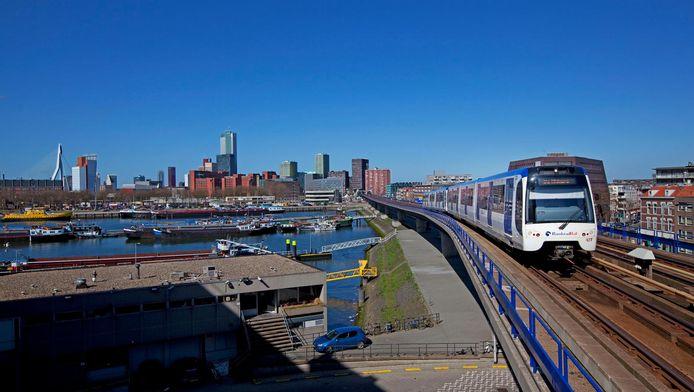 Mobiliteitsexpert Arnoud Neidig van Arcadis adviseert om het metronetwerk op Zuid en Oost ondergronds aan te leggen.