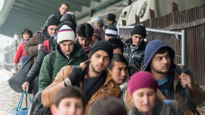 """Medewerkster asielcentrum onthult: """"Ze zijn opdringerig en extreem veeleisend"""""""