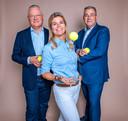 Hélène Hoogeboom met Marc Rouffaer (l) en Eric Petersen van Renewaball.