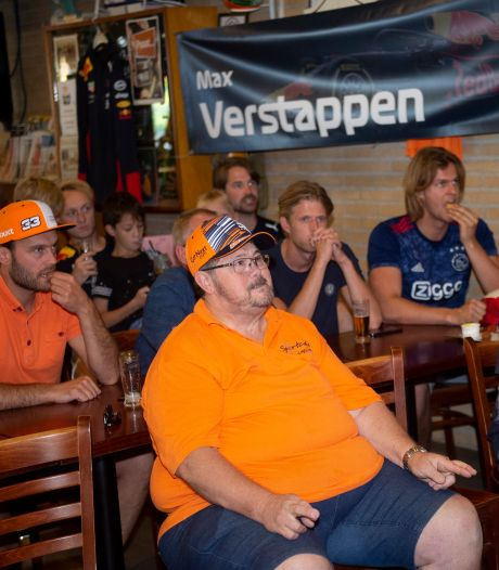 John (62) uit Ermelo mag niet naar Zandvoort, maar op deze manier ziet hij Max toch winnen