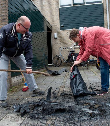 Bizarre kennismaking Apeldoorns gezin met nieuwe buurt: 'Brandblussers kwamen overal vandaan'