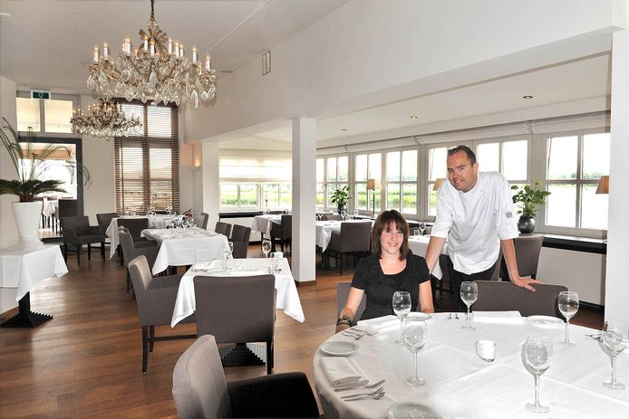 Eigenaar en chef-kok Leo Kortland en zijn vrouw Mariëlle. Gefotografeerd in juli 2010. Hun restaurant was toen pas enkele maanden open.