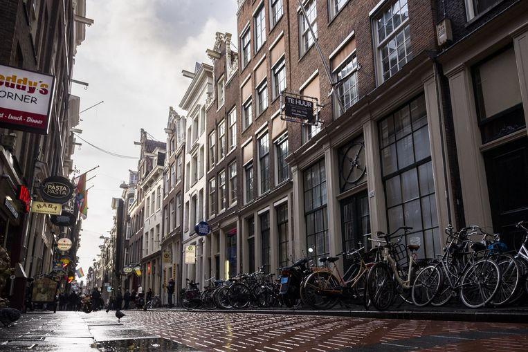 Bureau Warmoesstraat werd door de Nationale Politie verkocht aan vastgoedinvesteerders Jeroen van Stralen en Peter Grondhuis. Beeld Rink Hof