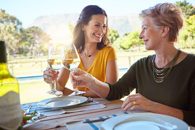 Aangetoond: mensen die wijn drinken worden vaker gestoken door muggen Beeld Getty Images