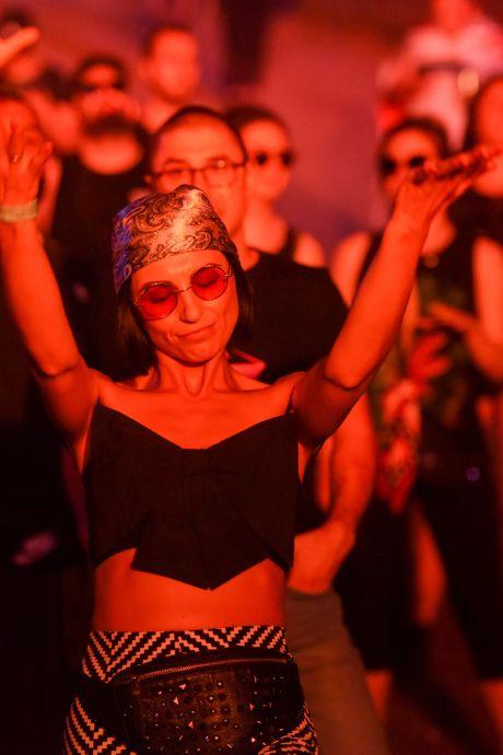 Plus d'un millier de personnes contaminées lors d'un festival aux Pays-Bas