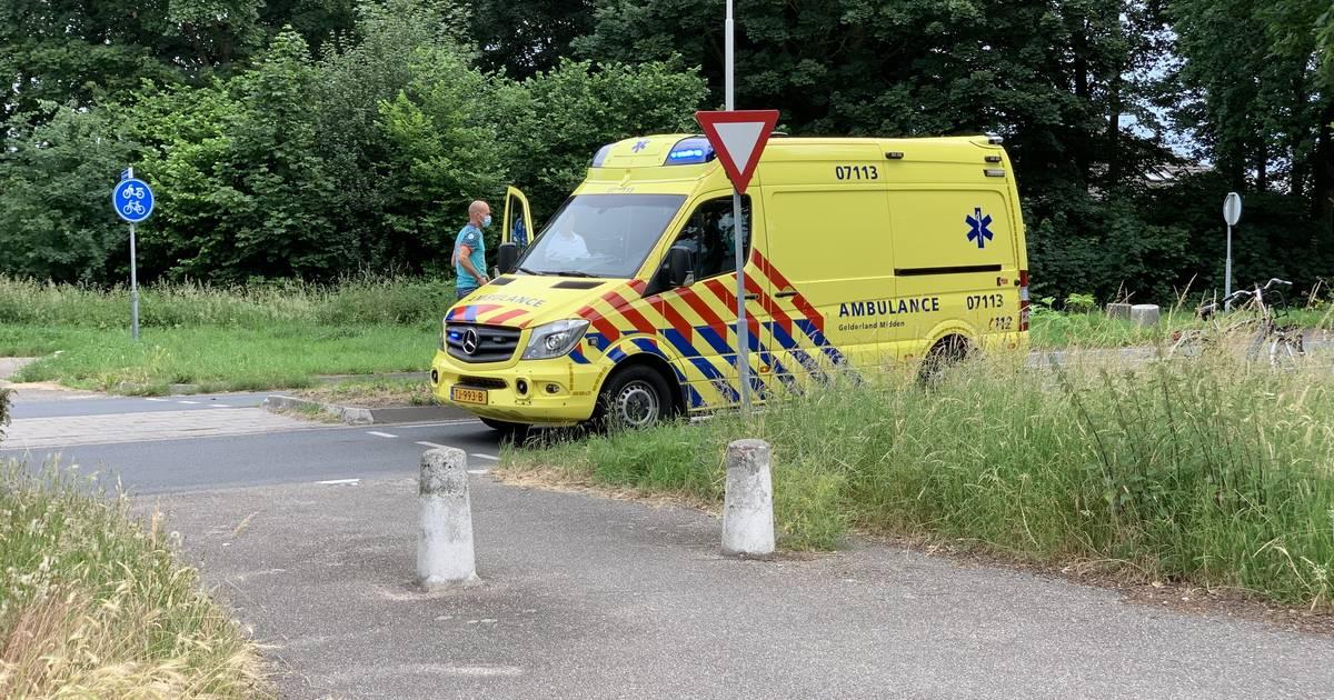 Fietser gewond door botsing met auto in Didam.
