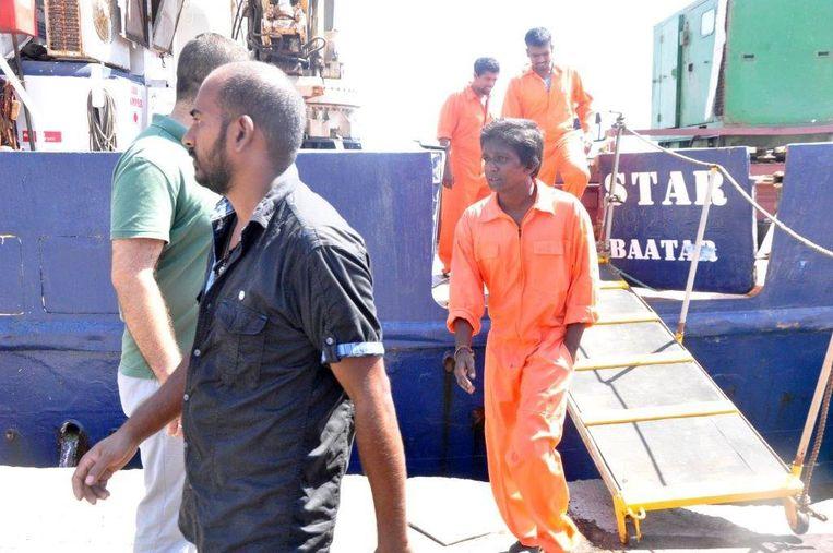 Het schip C-star van het extreem-rechtse Defend Europe in de haven van Famagusta, Noord-Cyprus.   Beeld EPA