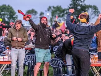 400 supporters genieten op Moendial van derde overwinning op rij voor de Duivels