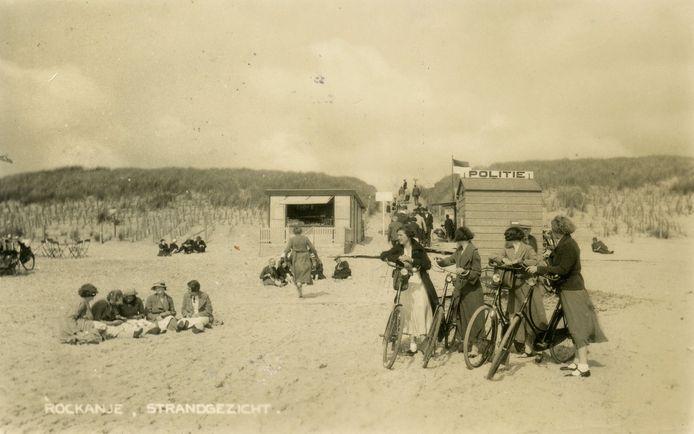 Het strand van Rockanje, circa 1935.