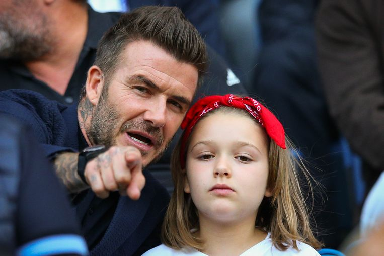 LE HAVRE, FRANCE - JUNE 27: David Beckham looks on with daughter Harper ahead of the 2019 FIFA Women's World Cup France Quarter Final match between Norway and England on June 27, 2019 in Le Havre, France. (Photo by Craig Mercer/MB Media/Getty Images) Beeld Getty Images