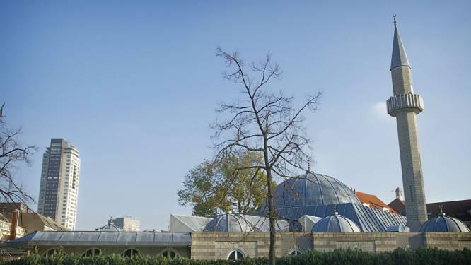 Plassen tegen Fatihmoskee in Eindhoven 'schokkend en verwerpelijk', zegt de burgemeester