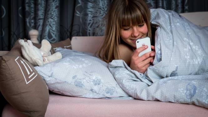 Smartphoneverslaving leidt tot slechte slaapkwaliteit bij jongvolwassenen