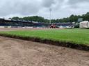 De miljoenen van Frenkie de Jong werden onder meer gebruikt om natuurgras aan te leggen in het stadion.
