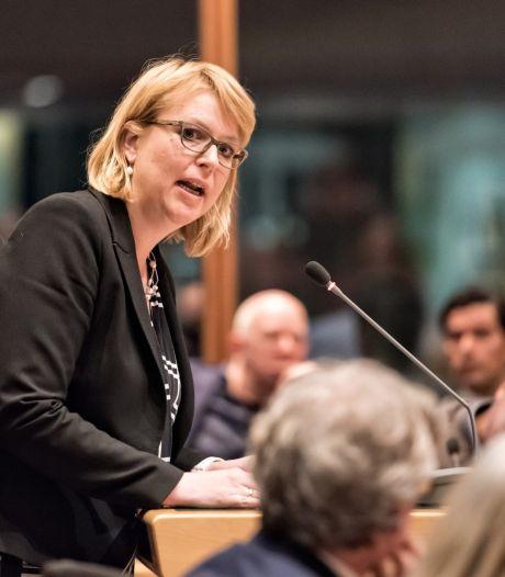 Raad buigt zich opnieuw over datalek