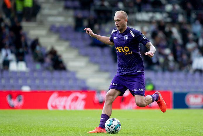 Beerschot-sterspeler Raphael Holzhauser (betrokken bij 21 doelpunten in 22 wedstrijden) is slechts een kleine vier maanden jonger dan zijn nieuwe coach Will Still.