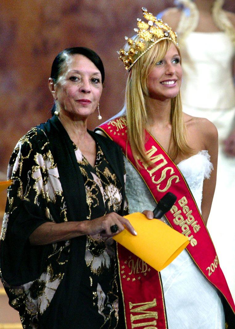 Cécile Müller met Miss België 2004, Julie Taton.