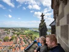 Naar de top van de toren voor een vergezicht over de Vallei