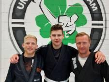 Niet-leerbaar verklaarde Sten (18) inspireert velen met vechtsporttraining