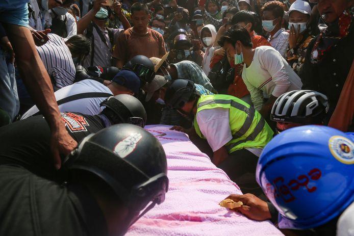Duizenden mensen woonden de begrafenis van Angel, afgelopen woensdag, bij