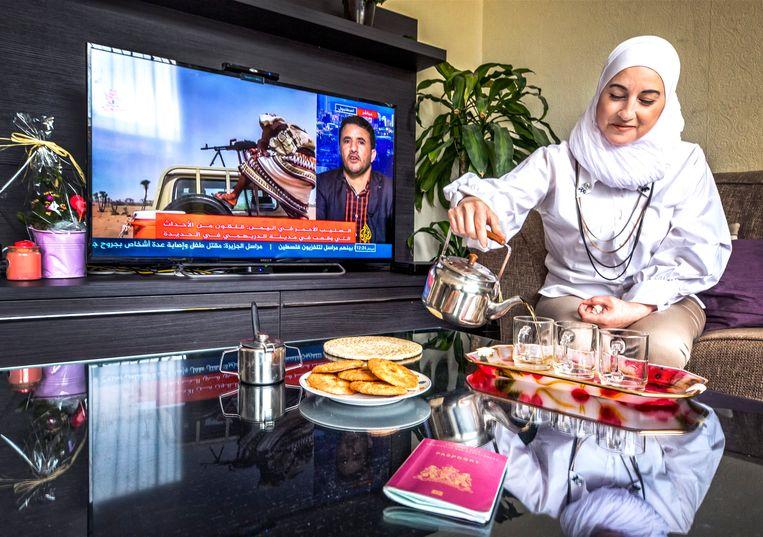 Laila Sahli kreeg in oktober 2017 een Nederlands paspoort, het eerste paspoort in haar leven. Beeld Raymond Rutting