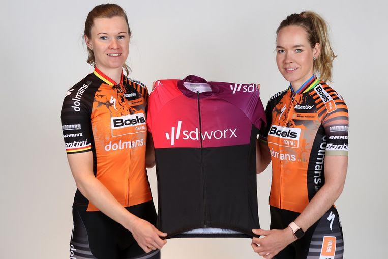 D'hoore en Van der Breggen zijn blij met hun nieuwe sponsor.