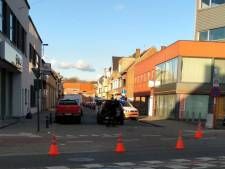 Bromfietser gewond naar ziekenhuis na aanrijding op Brusselsesteenweg