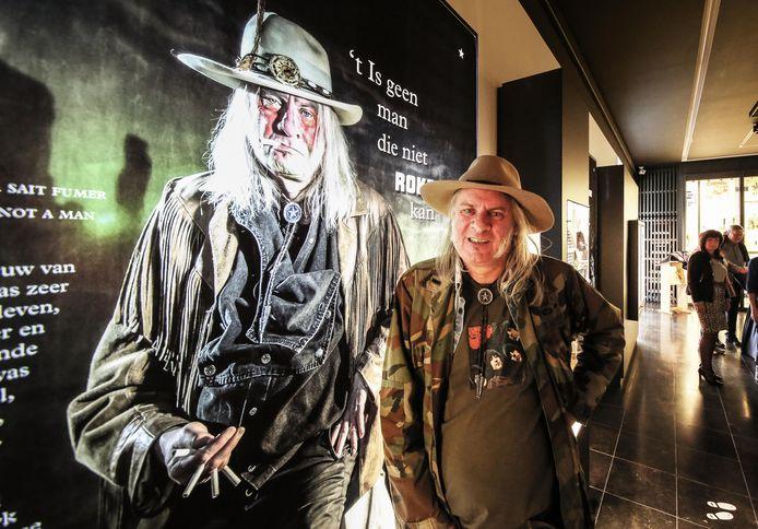 Alain Van Den Neste is één van de zeven modellen in de heringerichte expozaal van het Tabaksmuseum