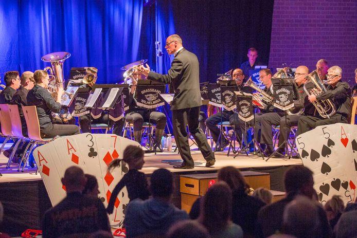 Optreden van brassband Wilhelmina tijdens het 120-jarig bestaan, drie jaar geleden.