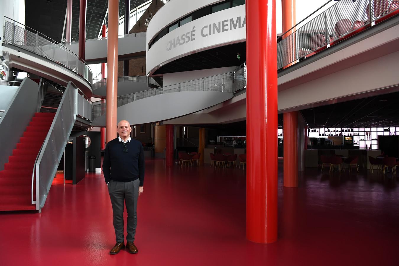Ruud van Meijel is 'heel blij' met de ontheffing voor zijn Chassé theater.
