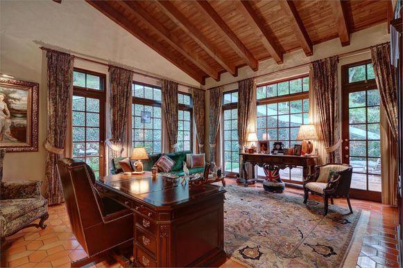 Depp kocht in 2012 een villa in Hollywood voor ruim 4 miljoen dollar.