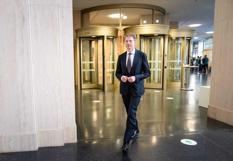 Demissionair minister Sander Dekker voor Rechtsbescherming (VVD) geeft een toelichting op de aanhouding in de Extra Beveiligde Inrichting (EBI) in Vught van een neef van Ridouan Taghi. Beeld ANP