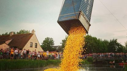 20.000 knalgele badeendjes kleuren Vaartje