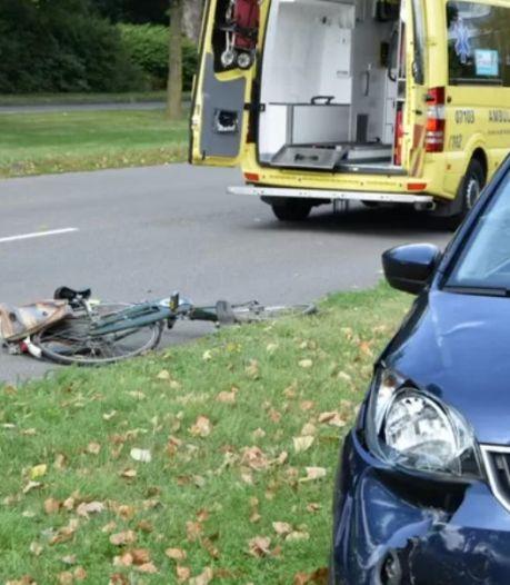 Fietsster overleefde 20 botbreuken na ongeluk in Arnhem, werkstraf geëist tegen jonge automobiliste