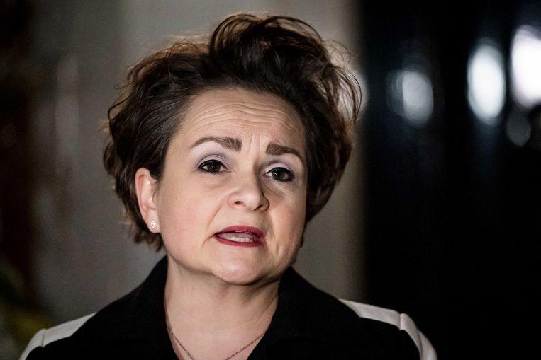 Alexandra van Huffelen, staatssecretaris van financien, staat de pers te woord bij het Catshuis na afloop van een gesprek over het toeslagenrapport van de ondervragingscommissie. Beeld ANP