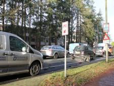 Twee gewonden bij botsing tussen vier auto's op Putterweg bij Ermelo