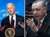 """Biden a """"du sang sur les mains"""", accuse Erdogan"""