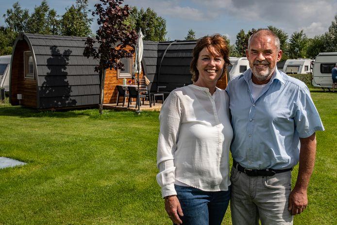 Ingrid en Piet Hulscher, eigenaren van Kampeerhoeve Bussloo.